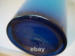 15.5 mid century modern vintage cased blue white art glass Gulvvase Floor Vase