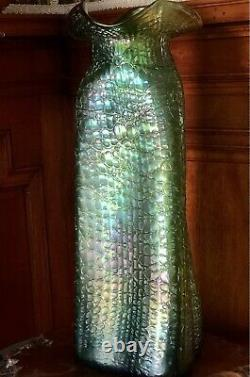 15 LARGE Antique Loetz Green Iridescent Art Glass Vase Crete Chine Chiné Aurene