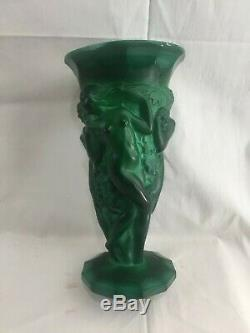 1930's Art Deco Bohemia Malachite Glass Great Harvest Vase C. Schevolgt 8 1/2