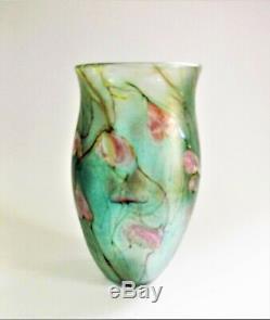 A Signed 1983 Siddy Langley art glass Vase