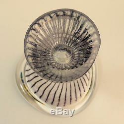 A Stylish Vicke Lindstrand Kosta Art Glass Vase
