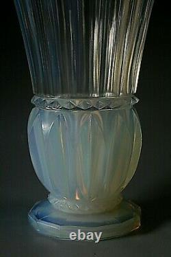 Art Deco Pierre D'avesn Opalescent Glass Vase