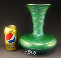 Beautiful DURAND KING TUT Art Glass Vase ca. 1924 Signed 9 Tiffany Quezal Era