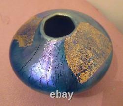 Early Robert Eickholt Art Glass Blue Aurene Ovoid Stretched Vase Hand Blown 1987