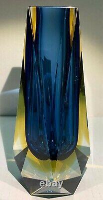 Mid Century Modern Murano Art Glass Vase by Alessandro Mandruzzato
