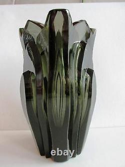 R. Hlousek Massive BOHEMIAN ART DECO 1930's HAND-CUT SMOKY GLASS VASE 5.8 lb