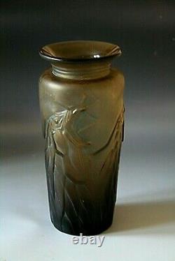 Rare Art Deco Pierre D'avesn Glass Vase