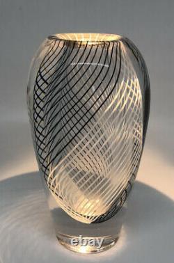 Signed VICKE LINDSTRAND KOSTA BODA Vase Stripes Glass SWEDEN