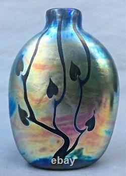 Vintage 1981 Kent Fiske Signed Art Glass Luminere Collection Iridescent Vase