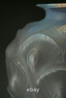 Antique Art Déco Sabino Opalescent Vase Peacock Modèle