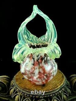 Antique Bohemian Kralik Cranberry Splatter & Uranium Floriforme Vase De Verre D'art