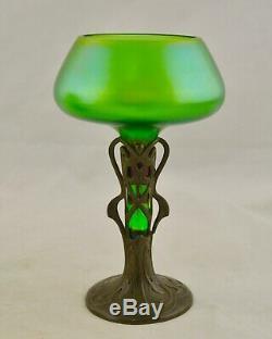 Antique C. 1905 Jugendstil Art Nouveau Loetz Vase En Verre Irisé Avec Base En Étain