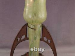 Antique C1900 Loetz Vase En Verre D'art Nouveau & Collier D'ornement En Bronze Autrichien
