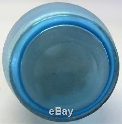 Antique Iridized Bleu Bohemian Art Nouveau Vase En Verre Avec Gilt Décoration C. 1900