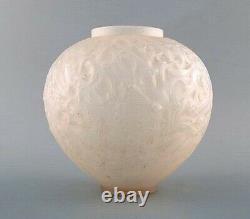 Au Début René Lalique Vase En Verre Gui Art Clair Et Givré