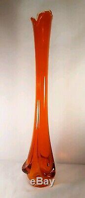 Au Milieu Du Siècle Verre Viking Epic Amberina Drapée Base Extensible Vase Balancé Énorme 25