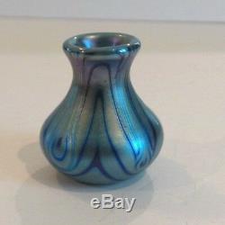Charles Lotton Art Glass Vase Miniature, Daté Et Signé 1975