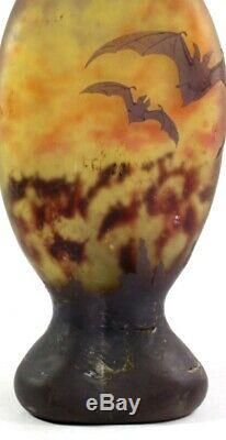 Daum Nancy Acide Art Nouveau Etched'bats '/' Vase En Verre Camée ' Chauves Souris