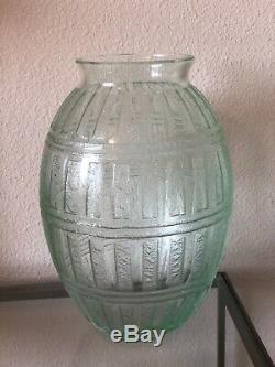 Daum Nancy France Vase Art Deco Gravé 11.5