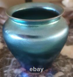 Début 20ème C. Steuben Aurene Blue Iridescent Art Glass Vase Signé
