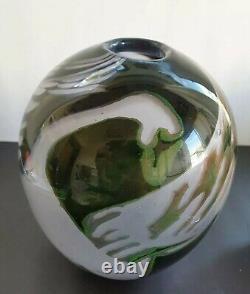 Eva Englund Graal Swan Vase 1986. Orrefors. Verre D'art Suédois