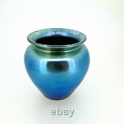 Exquis Début Du 20e C. Steuben Aurene Bleu Irisé Art Glass Vase Signé