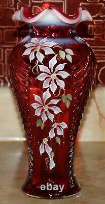 Fenton Art Glass Cranberry Feather Vase Randy Fenton Peint À La Main Par C Riggs