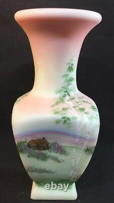 Fenton Art Verre Lotus Mist Birman Log Cabine Vase Signé George Fenton Limited