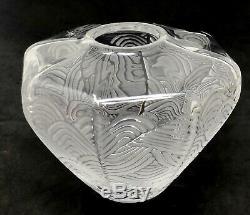 Lalique Verre Art Frosted Tourbillon Vase