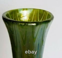 Loetz Art Glass Vase Decorated Waves Signé