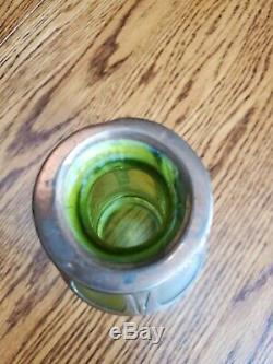 Loetz Bohême Kralik Arts Et Artisanat D'art Vase En Verre Vert Avec Cuivre Overlay