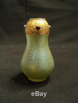 Loetz Petite Vase Miniature À Bijoux En Verre Art Nouveau Iridescent, V. 1900