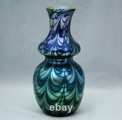 Orient & Flume Green Gold & Blue Pulled Loop Art Glass Vase 9,25 Pouces 1978