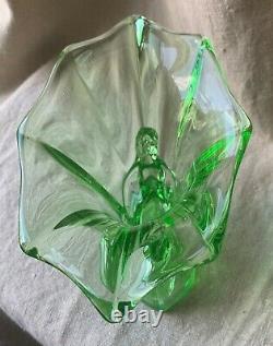 Rare Art Antique Deco Walther & Sohen1934 Verre Vaseline Vert Windsor Vase Nude