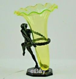 Rare Frankart 1927 Art Déco Femme Nue Tenant Un Anneau Avec Un Vase En Vaseline