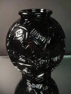 Rare Pierre D'avesn Français Art Déco Black Ebony Les Nenuphars Vase France 1925