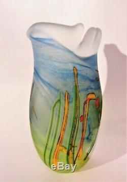 Signé Norman Stuart Fond Clarke Vase En Verre D'art