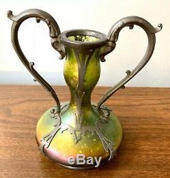 Superbe Antique Vert Kralik Loetz Iridescent Art Vase En Verre Tchèque Étain Case