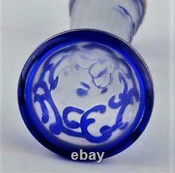 Vase De Cameo En Verre D'art Bleu Avec L'émail D'or Non Signé
