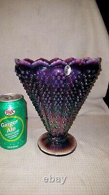Vase De Ventilateur De Hobnail De Hobnail Opalescent De Prune De Verre D'art De Fenton