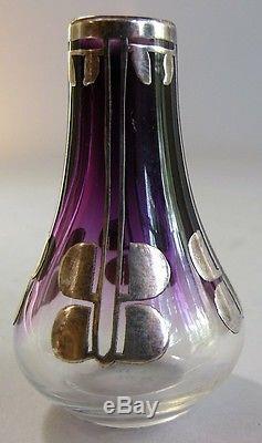 Vase En Verre Miniature À Superposition D'argent Art Nouveau V. 1900 Clair À Violet