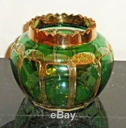 Vase En Verre Moulé Recouvert D'art Antique De Moser Avec La Décoration Dorée Extraordinaire