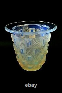 Vase En Verre Opalescent Art Déco Sabino Damier Rond