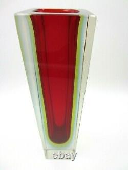 Vase Géométrique De Bloc De Murano Faceted Bleu Rouge Et Verre Vert Rougeoyant D'art De Sommerso
