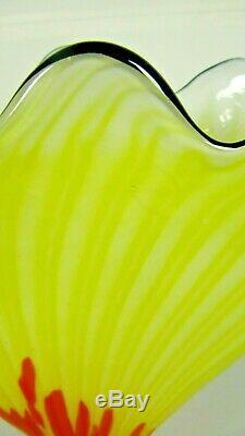 Verre Tchèque Franz Welz Pétoncle Fan Vase Jaune Orange Spatter Art Déco Époque Loetz