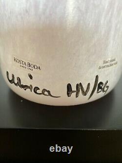 Vintage Kosta Boda Verre D'art Rose Esprits Ouverts Grand Vase 13 1/2, Signé Par Uhv