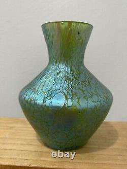 Vtg Antique Loetz Vase De Verre D'art Vert Avec Bleu Vert Iridescent Conception De La Tache D'huile