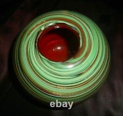 Vtg Murano Italie Art De Verre Vase / Vert & Bol D'or Aventurine Swirls W Rouge Doublure